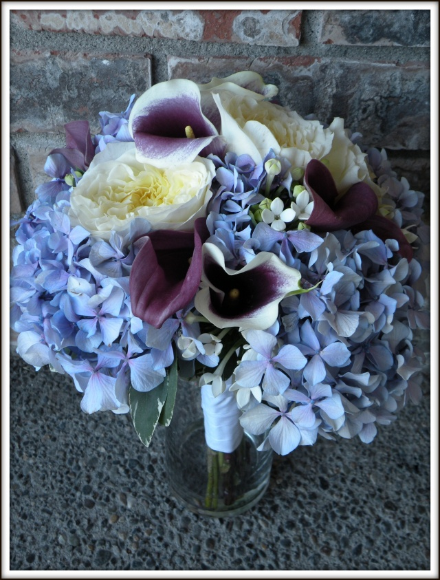 Hydrangea and garden rose bouquet