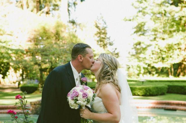 Bride & Groom Lakewold Gardens