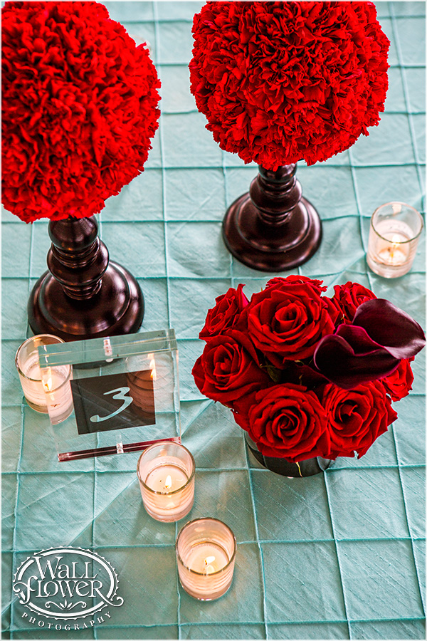 Carnation, Rose & Mini Calla Lily Centerpiece by Jen's Blossoms | Photo by: Wallflower Photography