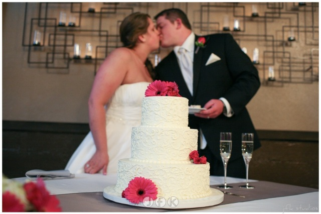 3 Tierd Cake with Fresh Flowers   photo by JFK Studios