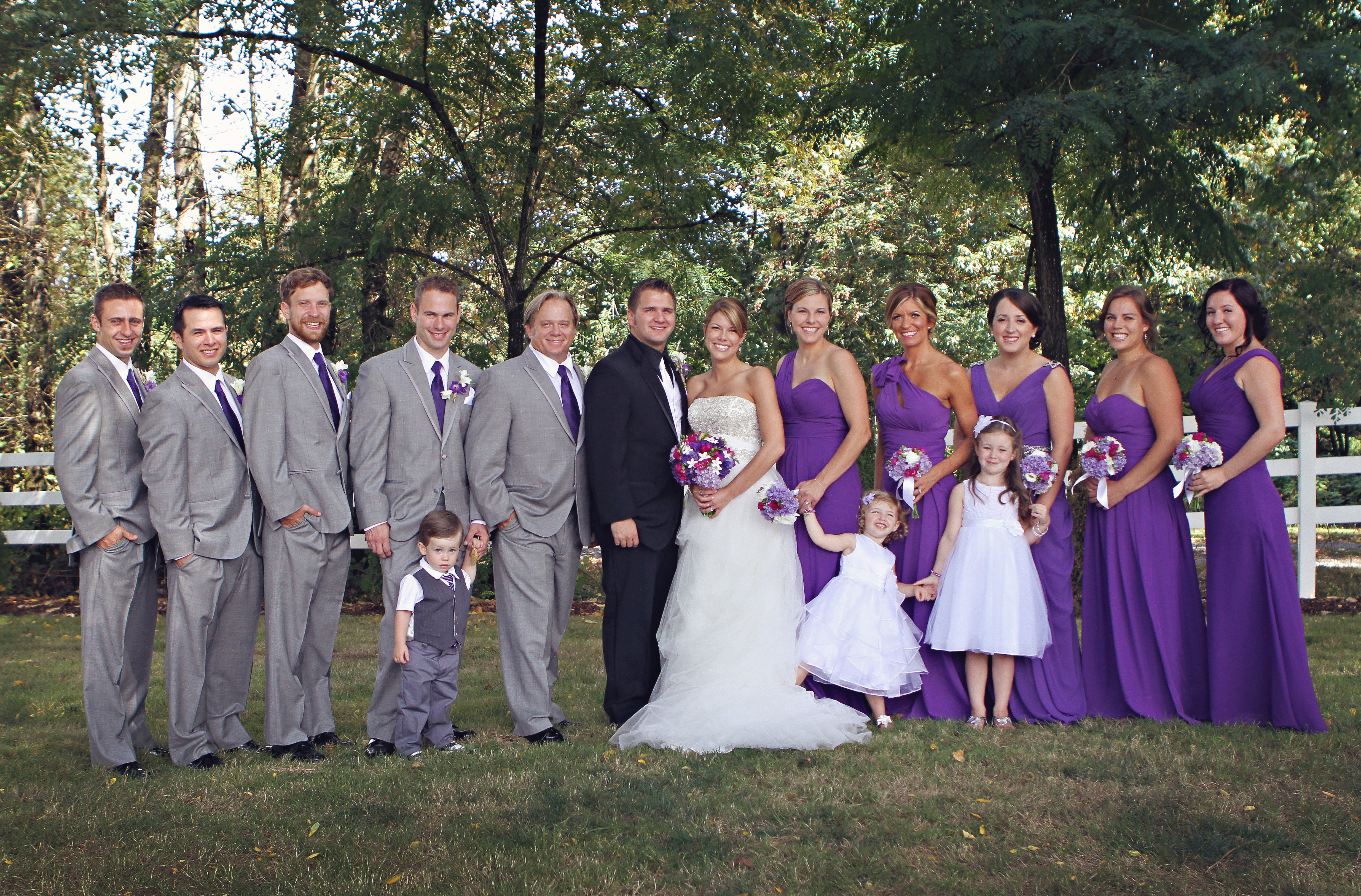 Purple, Lavender, Gray with a Pop of Fuchsia: Real Wedding | Jen\'s ...