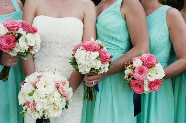 Coral and White Bouquets by Jen's Blossoms | photo by Jeremy Leffel