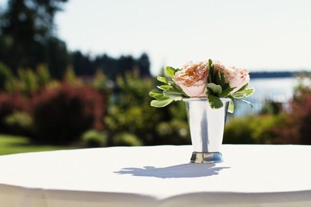Peach Garden Rose Cocktail Arrangements by Jen's Blossoms | photo by Jeremy Leffel