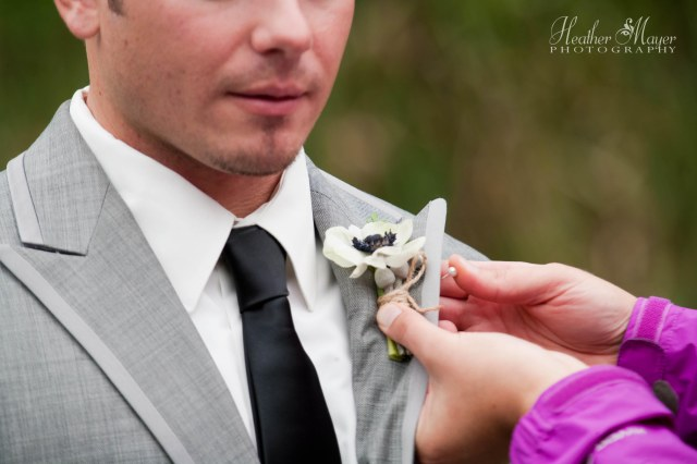 White anemone boutonniere by Jen's Blossoms | photo by Heather Mayer Photography