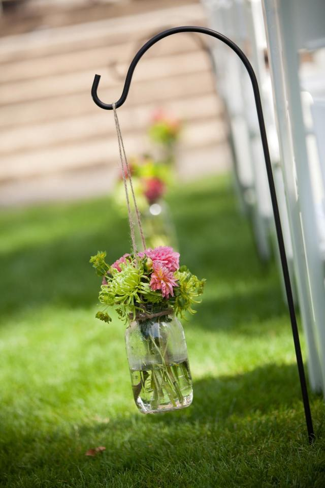 Hanging Mason Jar Aisle Decor by Jen's Blossoms | photo © Fike Fotography