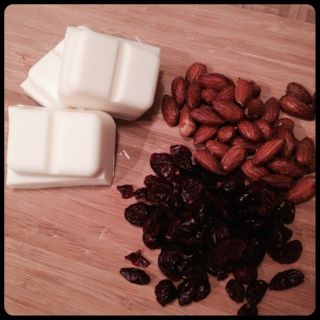 Cranberry Smoked Almond Bark Ingredients