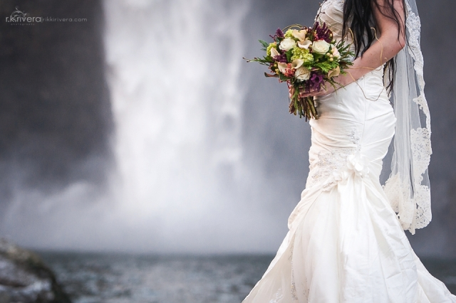Snoqualime Falls Bouquet 1 by Jen's Blossoms || Photo by r.k. rivera photography