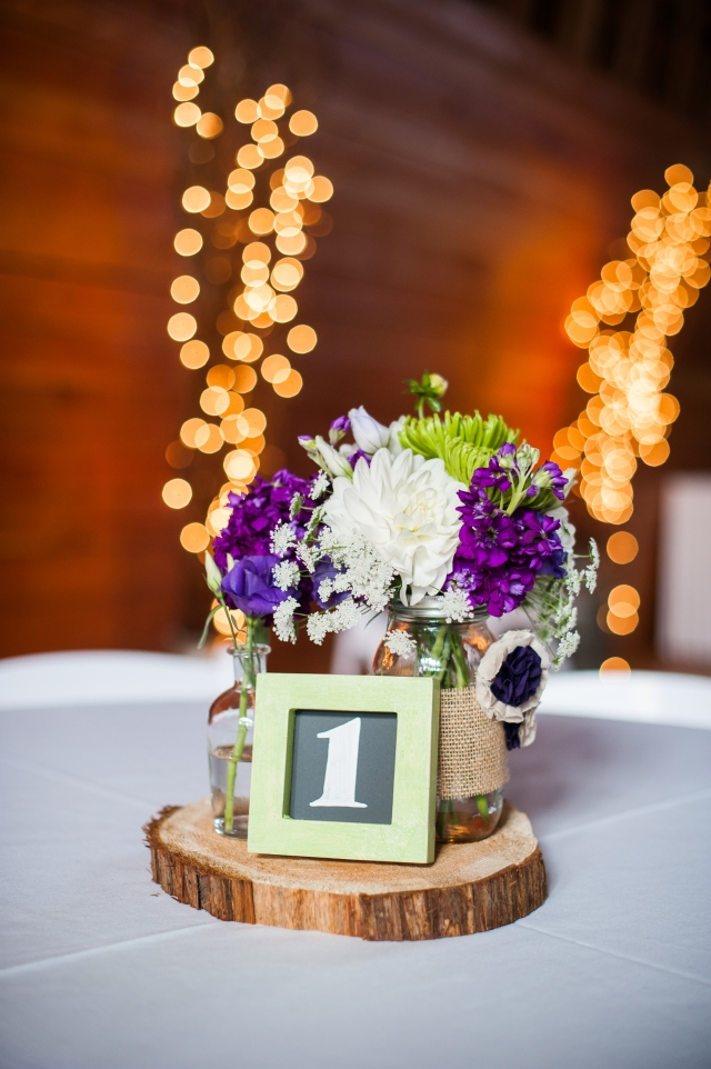 Van-Wyhe-Photography- || Centerpiece by Jen's Blossoms